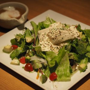 豆富の胡麻ドレサラダ